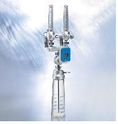 Máy trộn khí Ôxy và khí Air dùng trong Hồi sức cấp cứu với bộ cảm biến và bong bóng tạo độ ẩm