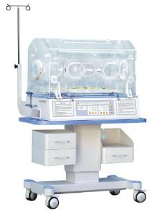 Lồng ấp trẻ sơ sinh với chế độ kiểm soát khí và da; Có đèn điều trị vàng da mặt trên và dưới; Kết nối được với máy vi tính và điều chỉnh độ cao